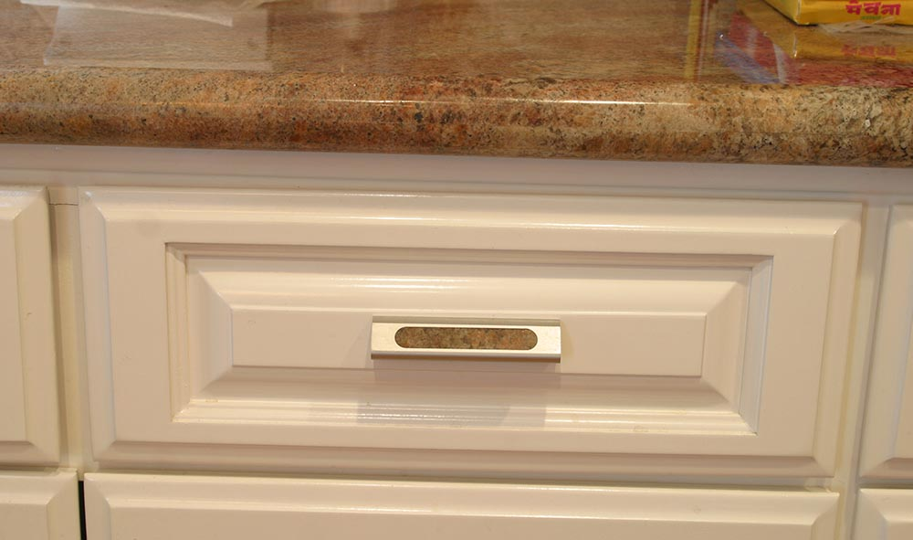 cabinetry-aluminum-drawer-pull