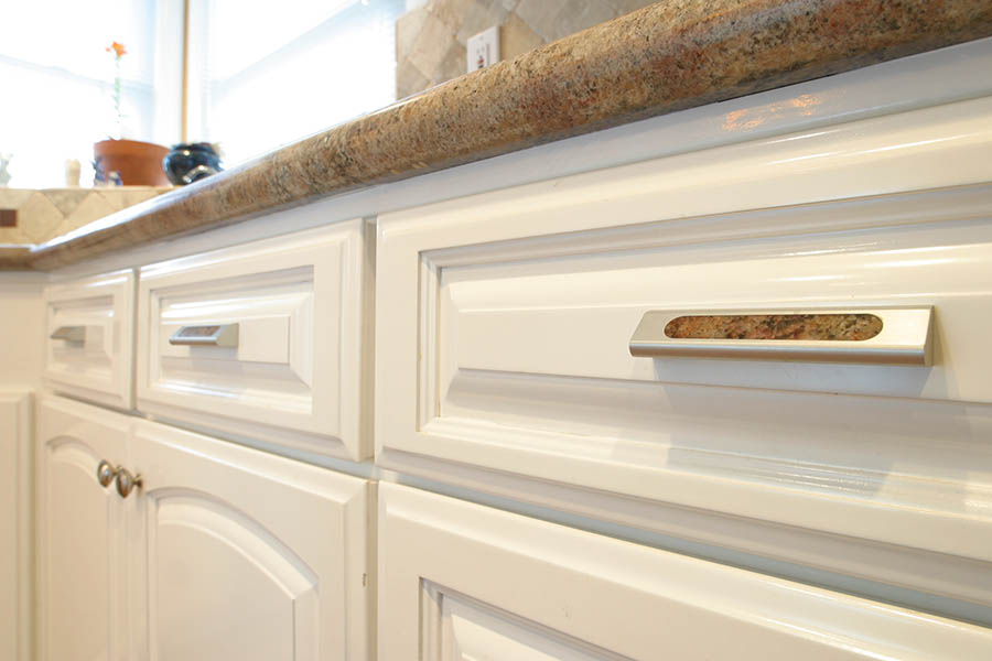 cabinets-kitchen-machined-aluminum-drawer-pulls