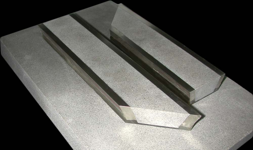 flooring-German-Silver-bronze-inlays-marble